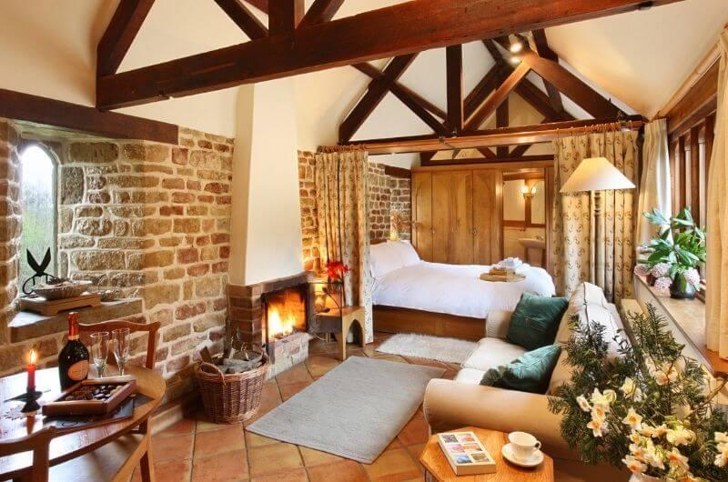 Heath-Farm-Cottages-Hazelnut-Wohnzimmer-Landhaus-Urlaub-Cotswolds-England-UK-Familienurlaub-mit-Kindern-nachhaltig-eco-tourism