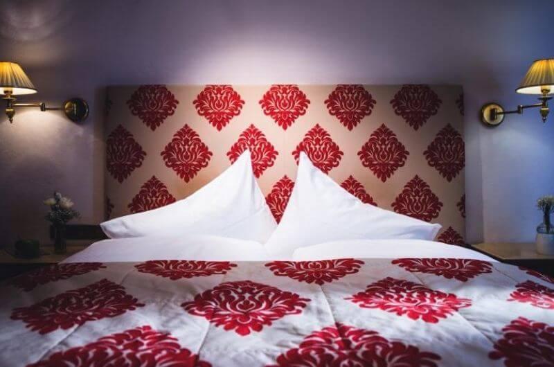 Doppelzimmer-Comfort-Hotel-Klosterbräu-Spa-Seefeld-Tirol-Wellnessurlaub-Österreich